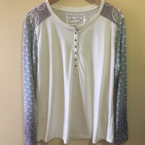 Aventura Long Sleeve Organic Henley Top Size XL